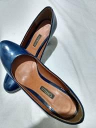 Lindo sapato Corello número 34 pouquíssimo uso azul marinho escuro