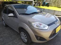 Fiesta Sedan 1.6 Flex Manual 2011 C/26.000Km R$28.991,00 / O mais novo do Olx