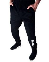Calça Cargo Jogger Sarja Preta estilo Skatista Marca Carve