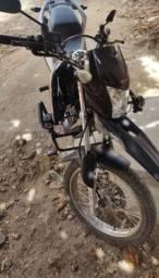 Compre sua moto de forma a vista e pague parceladamente via boleto bancário.