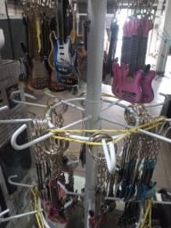 Chaveiros de violão ou Guitarra na Plugmusic Petrolândia Contagem