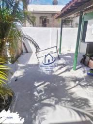 Casa Reformada, 4 Quartos, Garagem 4 Carros, Área Livre; Em Itapuã HL002