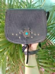 Bolsa de couro preta com alça