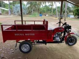 Triciclo Sousa moto