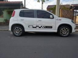 Uno Sporting 1.4 Carro de garagem.
