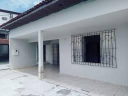 Vende-se excelente imóvel localizado no bairro Ianetama em Castanhal-Pá