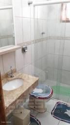 Casa com 3 Quartos e 1 banheiro à Venda, 120 m²- Campos do Jordão, São Paulo