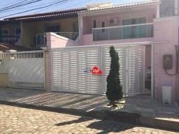 Linda Casa Duplex, 3 qtos, 1 suíte, com fino acabamento Condomínio