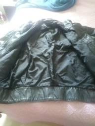 Vendo jaqueta em couro legitimo