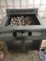Char Broiler c/ Pedras Vulcânicas usado