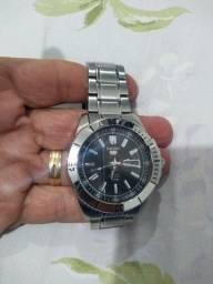 Relógio Seiko automático novo.