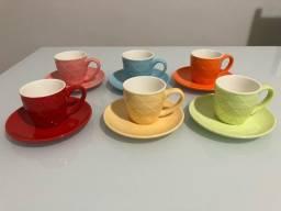 Conjunto 6 xícaras de café Porcelana com Píres