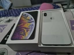 Iphone novo de 64g Xs Max.