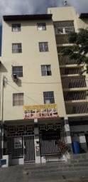 Alugo Excelente Apartamento de 02 Quartos no Bairro do Antônio Bezerra!