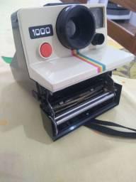 Câmera Polaroid Land 1000