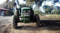 Trator 65 cv John Deere 5403