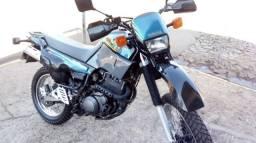 VENDO XT600 super filé ! - 1994