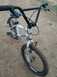 Vende - se bicicleta usada