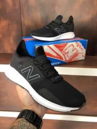 Tênis New Balance Fresh Foan - 230,00