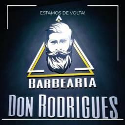 Contrata-se Barbeiro com experiência !!!