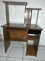 Escrivaninha conservada