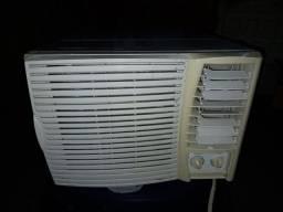 Ar-condicionado 10mil Springer