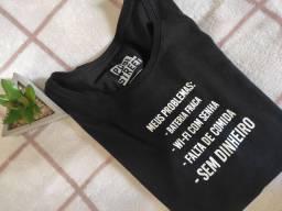 T-shirt preta NOVA