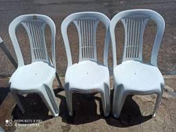 Mesa plástico branca 03 cadeiras
