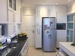 Apartamento 143m² com 4 dormitórios na Vila Ema - NA6809