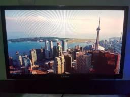 """(Vendo) TV Monitor LED 24"""" Preta com Conversor Digital Integrado<br><br>"""