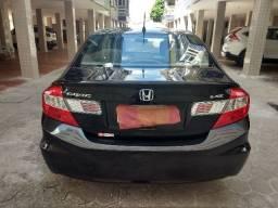 Honda Civic LXS 2014 com apenas 21mil Km
