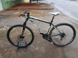 """Bike Absolut Nero 29 tamanho 19"""" com nota."""