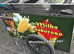Carrinho de milho com suporte para botijão de cozinha