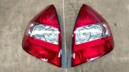 Lanterna e parachoque traseiro Honda Fit