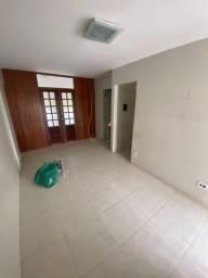 Alugo apartamento 1Q Cruzeiro Novo