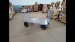 Carrinho de carga para armazéns ou plataformas
