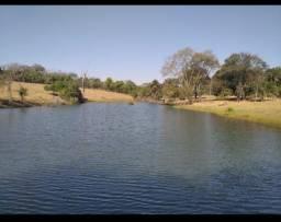 Chácara em Guapo 4.000m² na lagoa