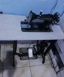 Makina Elgin com motor