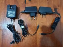 Diversos Carregadores Conectores E Fone De Ouvido De Telefone Celular