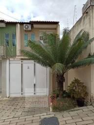 Duplex no Morada do Vale à venda