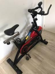 Bicicleta ergométrica spinning