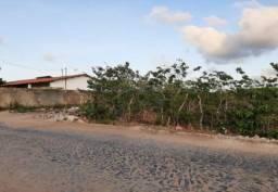 Terreno residencial com 735m² em Acaraú/CE