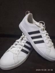 Tênis Adidas Novo - NUNCA USADO ORIGINAL