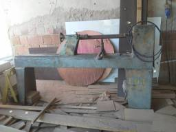 Maquina de tornear madeira