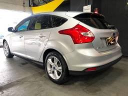 Ford Focus Hatch 1.6 Flex 2015 Novissimo