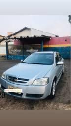 Vendo Astra hatch 2010, prata , Meu zap