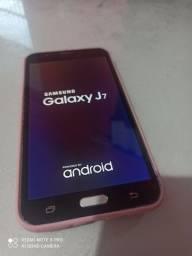 Samsung Galaxy j7 aceito pix semi novo sem marcas de uso ok.. vila velha ES