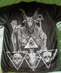 Camiseta Baphomet illuminati