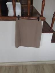 Lote de 3 saias (tamanho P)