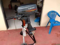 Motor 8 Yamaha bom